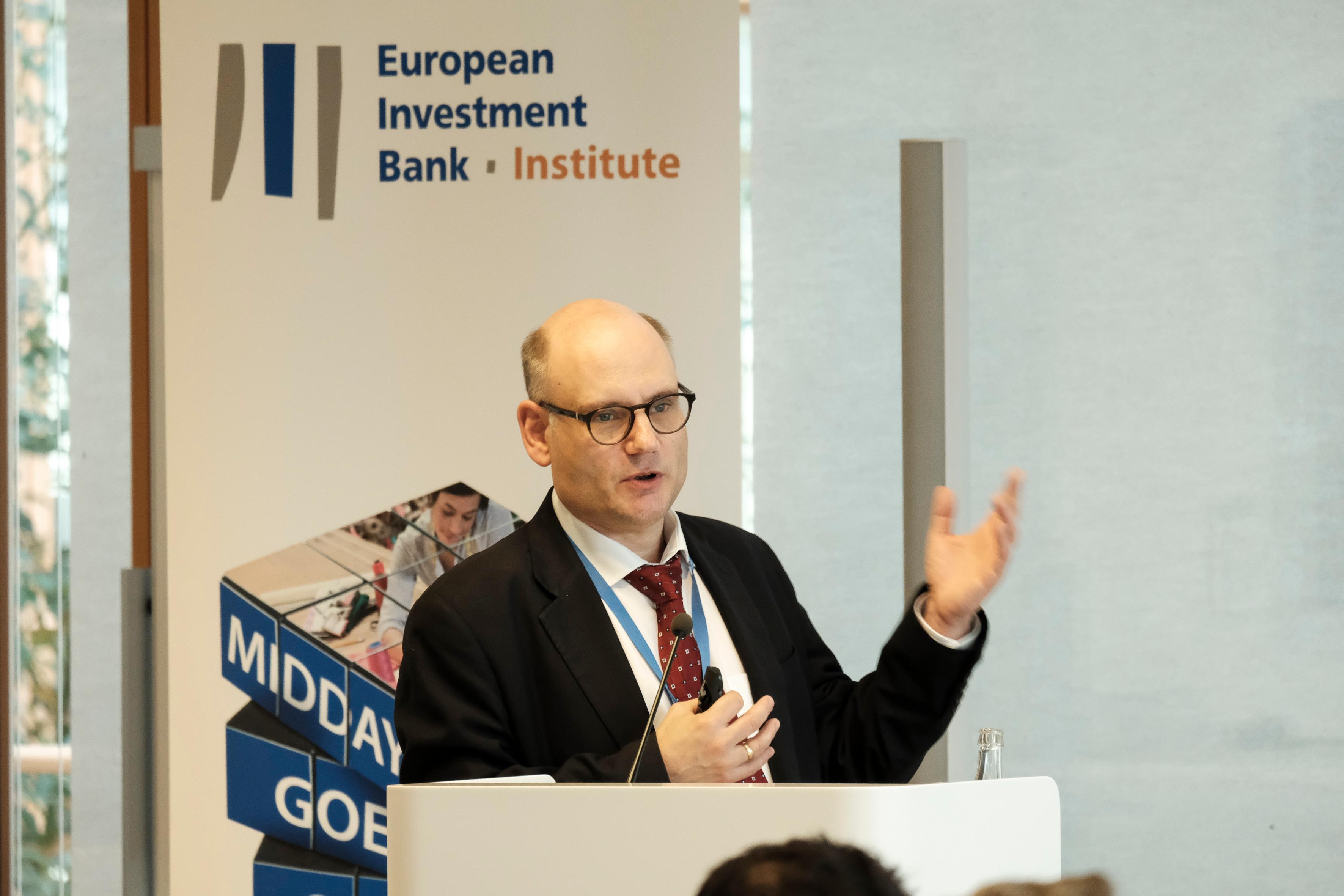 Bank Financing, SME, Thorsten Beck, EIB Institute, BEI, reportage